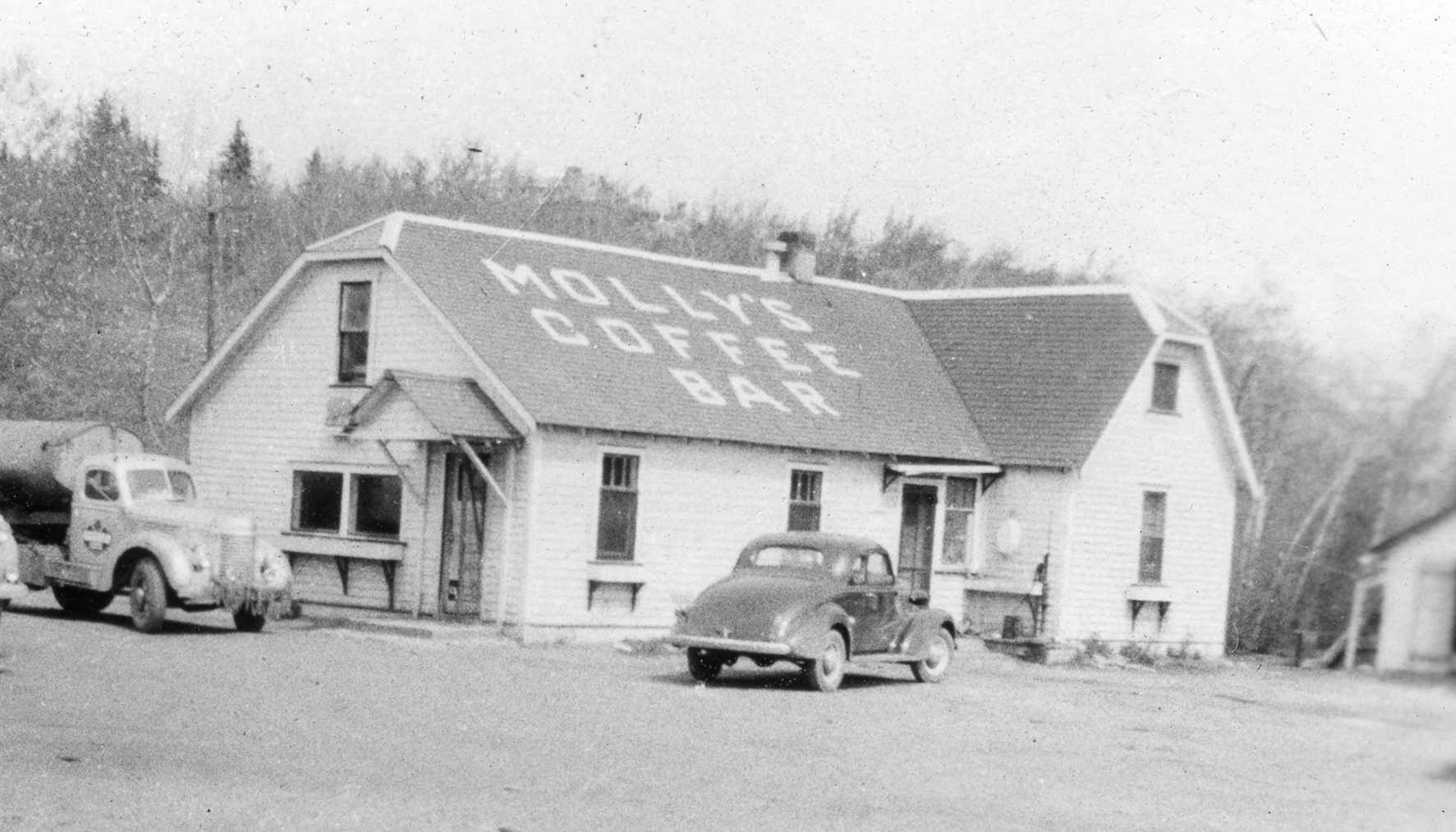 Molly's Coffee Bar, 1945 or 1946