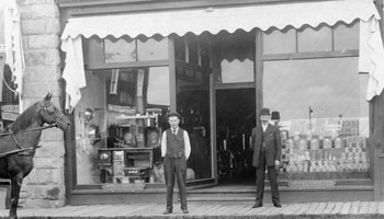 Photo of the Brumpton Store circa 1900s