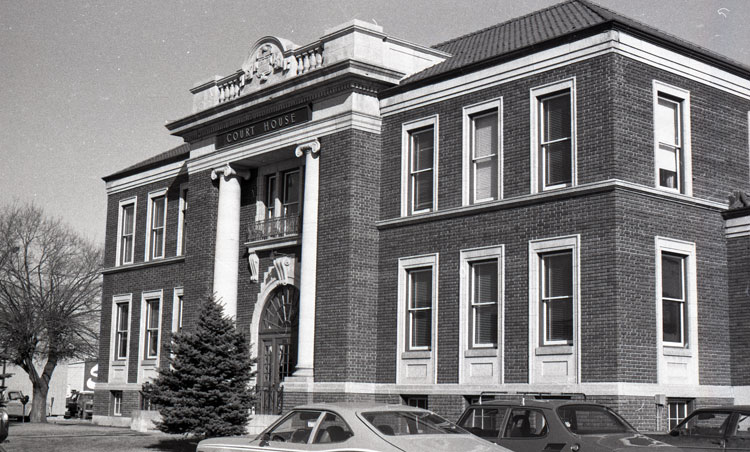 Court House - 1978 - Red Deer Archives N396